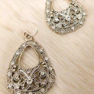 Sparkling Fashion Earrings